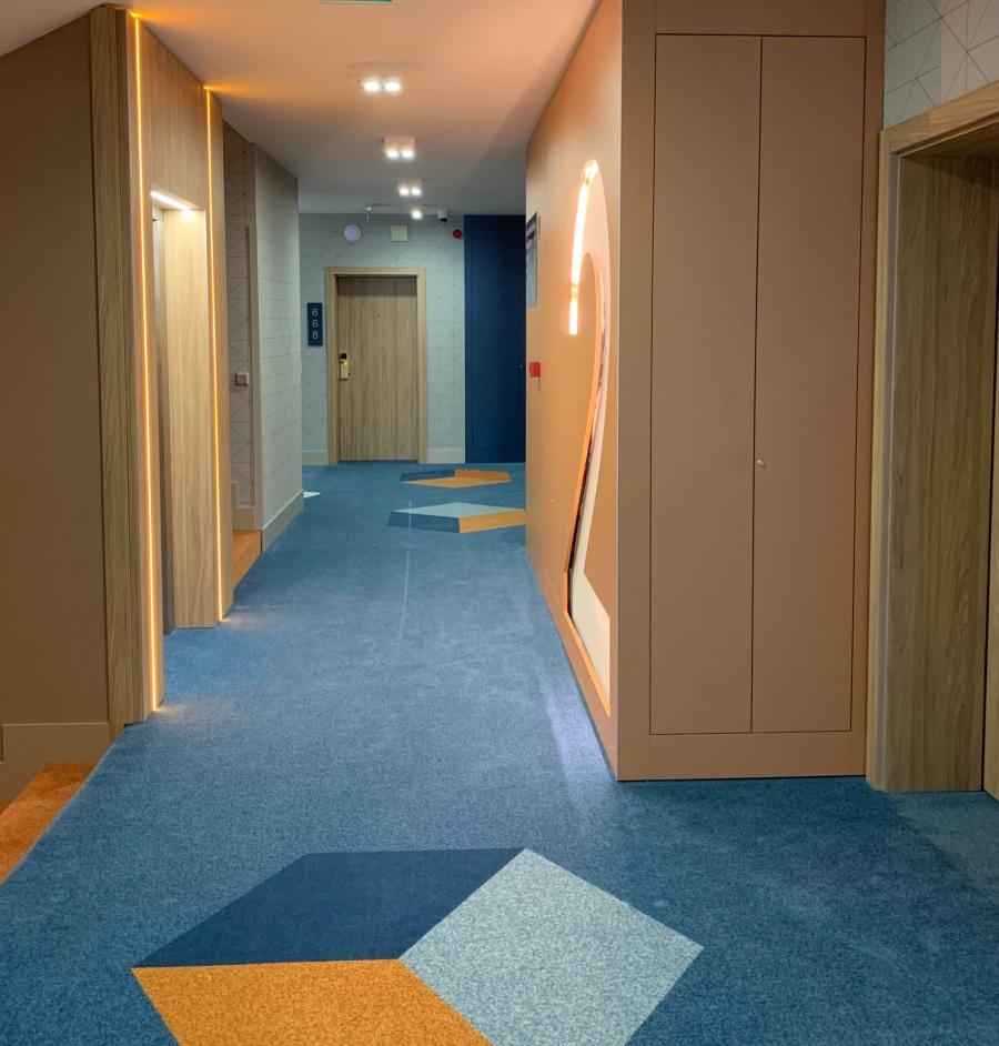 Hotel Európa fit apartman közlekedő részlet
