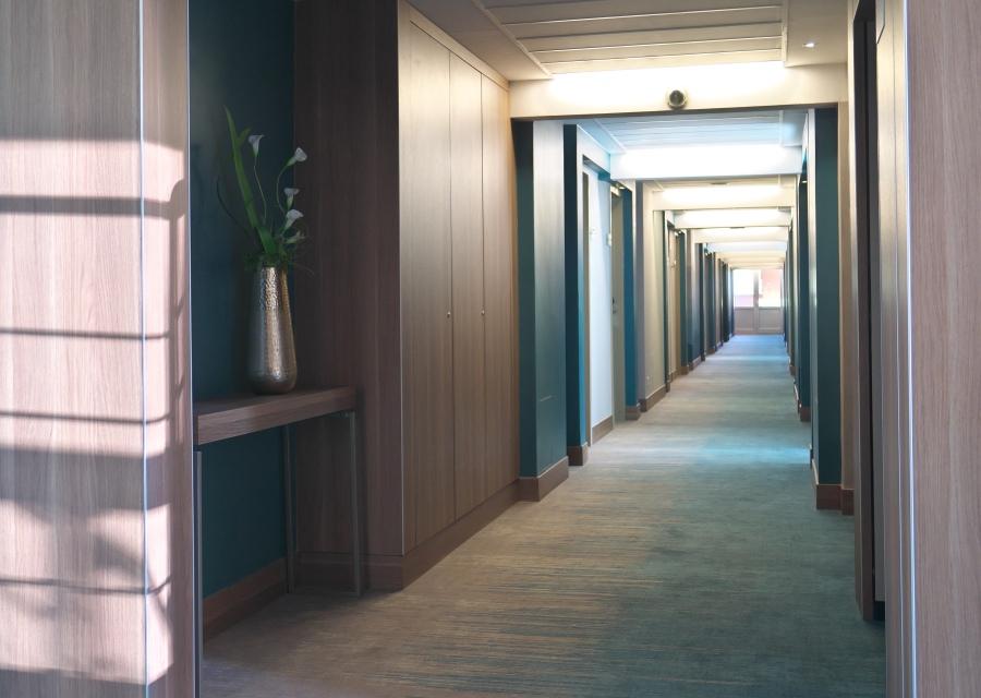 Hotel Európa fit főépület közlekedő részlet
