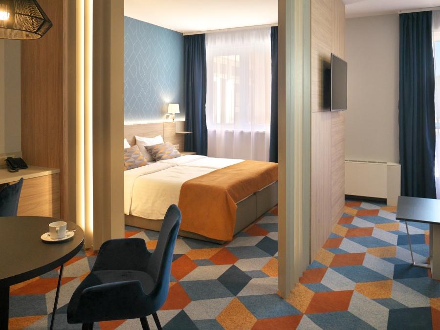 Hotel Európa fit családi apartman szoba